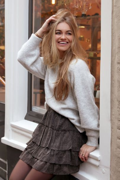 Grey knitted sweater with balloon sleeves