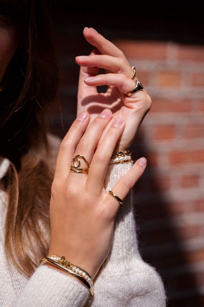 Wrap ring with loop
