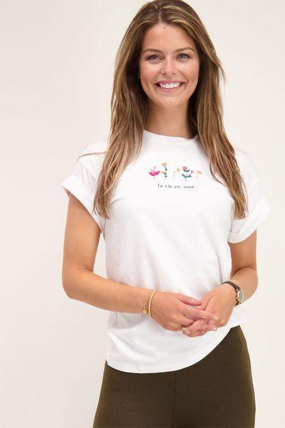 White T-shirt wildflower