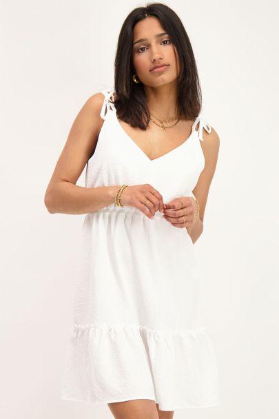 Wit jurkje met spaghettibandjes