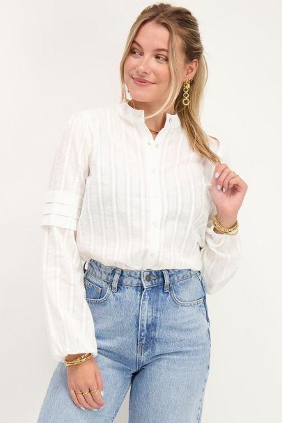 Witte blouse met pofmouwen