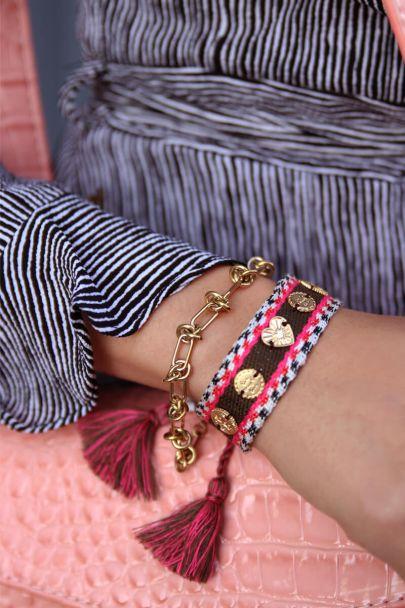 Donkerbruin & roze bohemian armband met bedeltjes