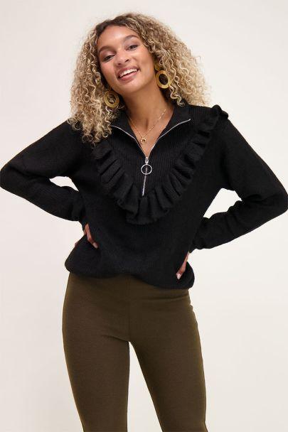 Schwarzer Pullover mit Rüschen & Reißverschluss