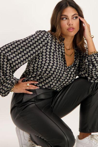 Zwarte blouse met Shapes print