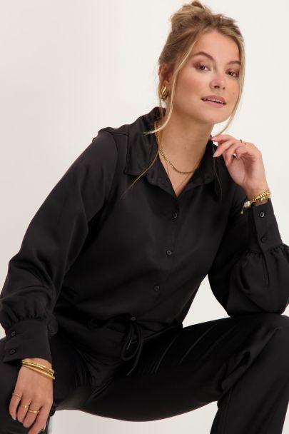 Zwarte blouse satijnen look