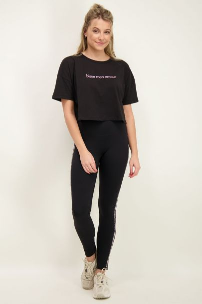 Zwart crop t-shirt bisou