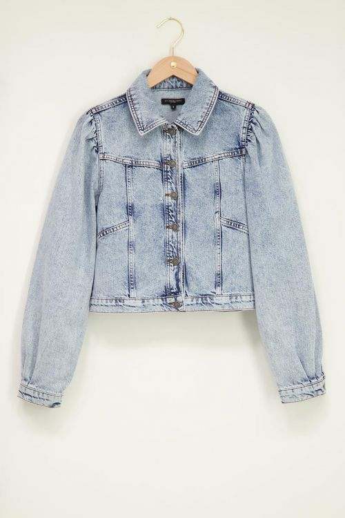 Blauw denim jacket met pofmouw