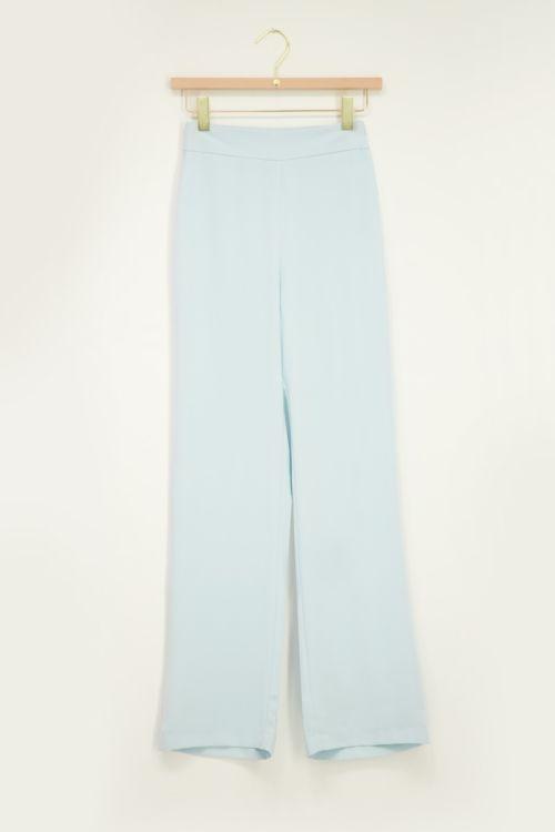 wijdvallende broek blauw