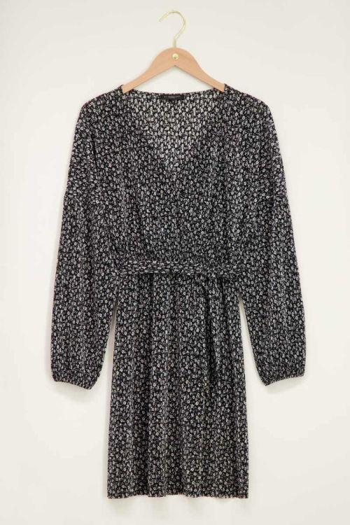 Zwarte jurk plisse met lange mouw