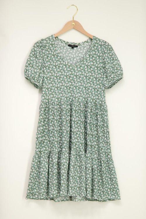 Groene jurk met pofmouw en V-hals