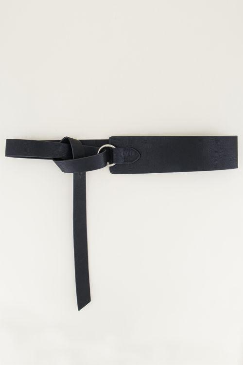 Waist belt with knot | Waist belt in black at My Jewellery