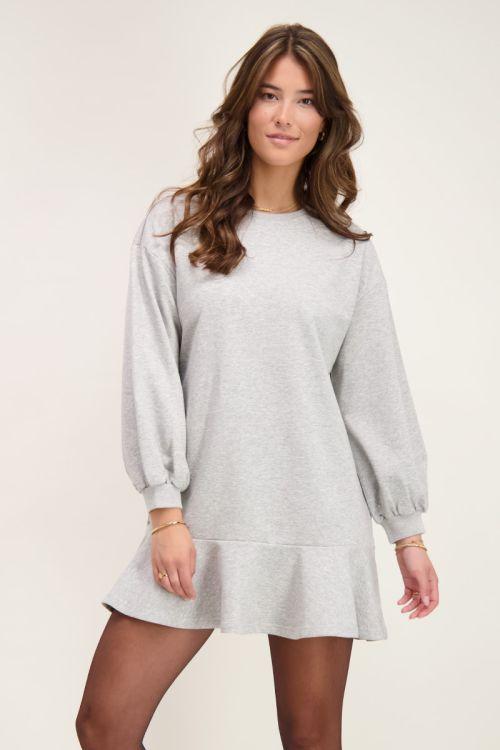 grijze sweater jurk met ruffle | My Jewellery