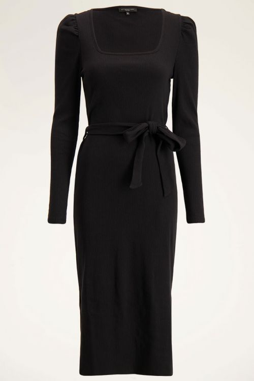 Zwarte jurk met  square neklijn   My Jewellery