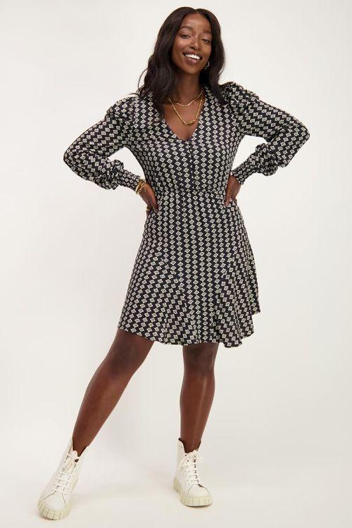 Zwarte jurk met Shapes print   Jurken   My Jewellery