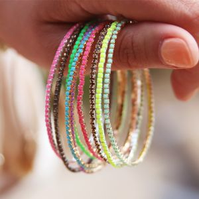 Zilver kleurigen armband strass steentjes