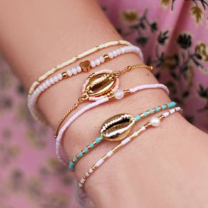 Roze armband schelp & kralen