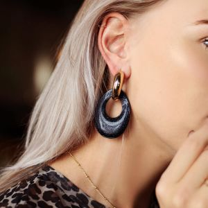 Black Teardrop Earrings Glitters