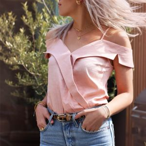Roze off shoulder body