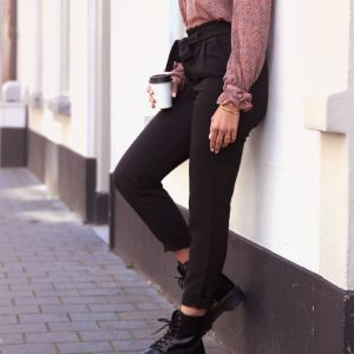 Zwarte paperbag pantalon