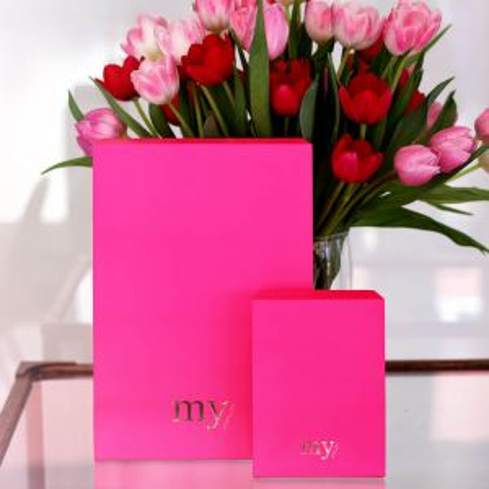Grote neon roze flapbox
