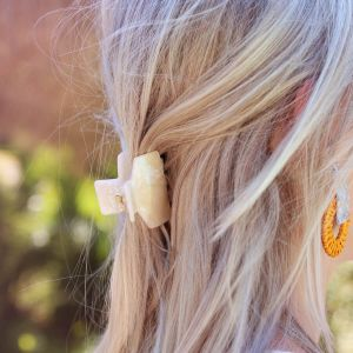 Witte haarklem glitters