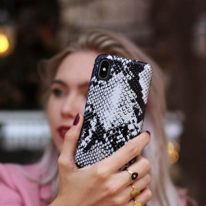 Case  Snakeprint black