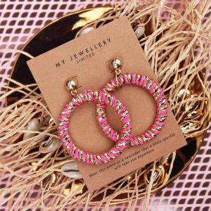 Statement oorhangers roze en goud kleurig