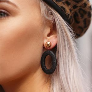 Black Round Chic Earrings