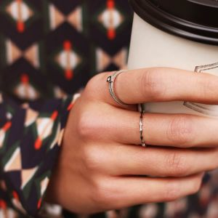 Zilveren ring met blokjes