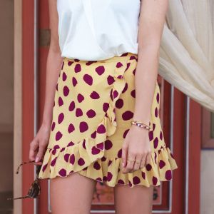 Gele ruffle rok met stippen