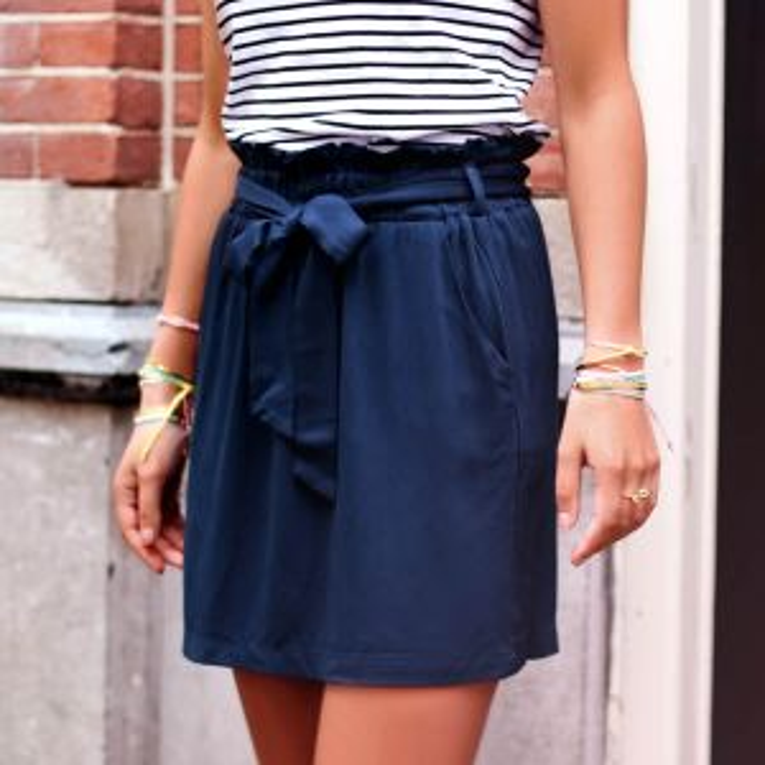Donkerblauwe soepelvallende A-lijn rok