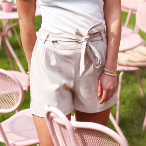 Beige short casual