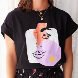 Zwart boyfriend shirt painted face
