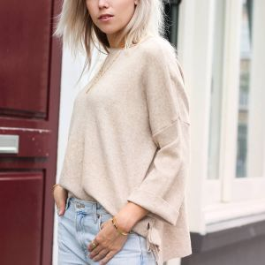 Basic Sweater - Beige