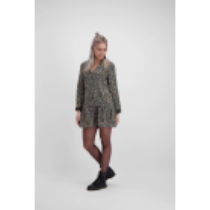 Grijze wijdvallende luipaard jurk, dierenprint jurk - styleshoots afbeelding - voorzijde