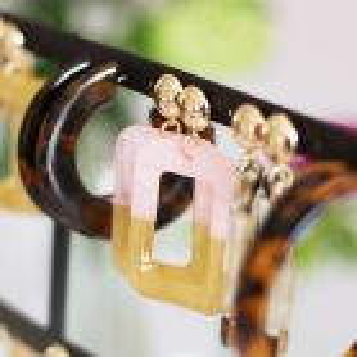 Oorbellen duo kleur roze beige, oorhangers