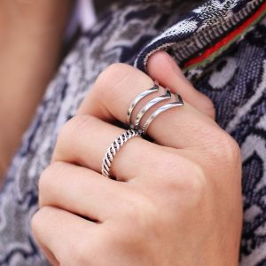 Texture Twist Ring - Silver