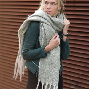 Oversized Knitted Scarf - Light Green/Beige