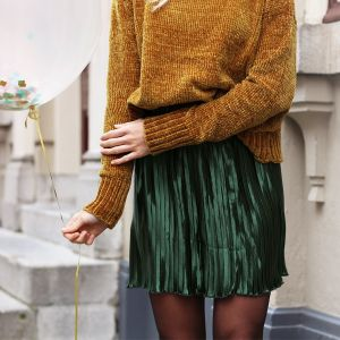 Metallic Plissé Skirt - Dark Green