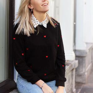 Small Heart Sweater - Black/Red