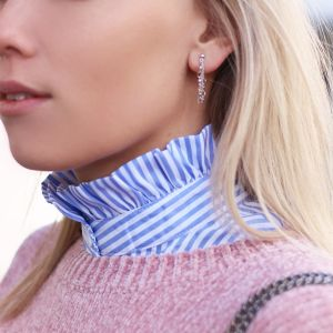 Stand Up Ruffle Collar - Blue/White