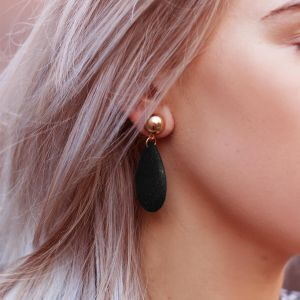 Black Drop Chic Earrings