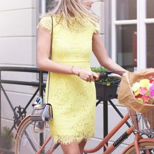 Open Back Lace Dress 2.0 - Light Yellow