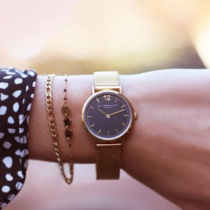 Medium Mesh Watch - Black/Gold
