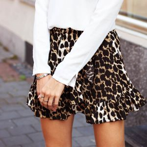 Mini Ruffle Leopard Skirt
