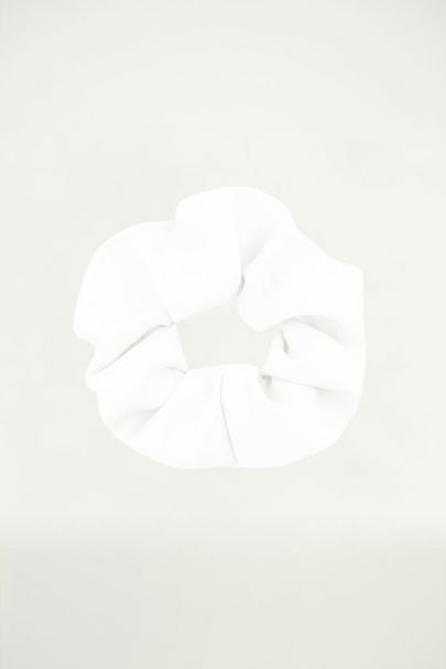 Witte scrunchie basic, Haarelastiekje My Jewellery