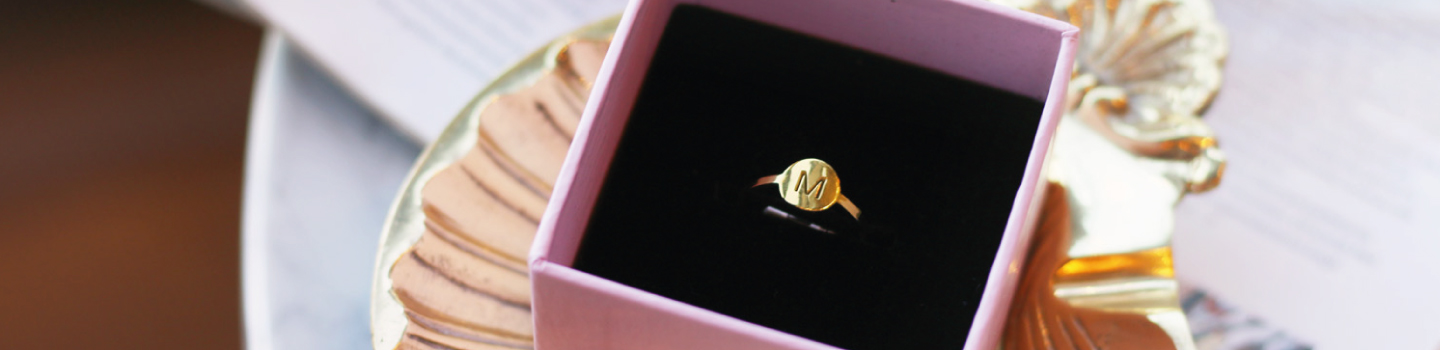 gift, initial ring